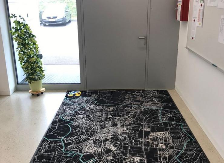Matte von Eder mit dem Motiv einer Landkarte