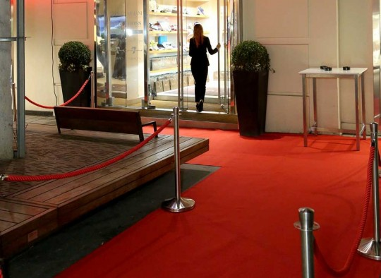 Red Runner im Eingangsbereich