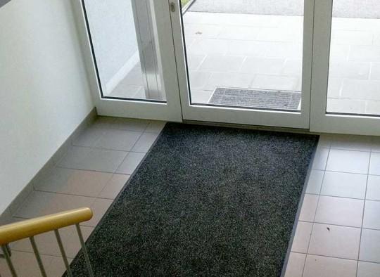 Vinylmatte im Eingangsbereich