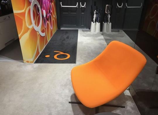 Matte von Eder in schwarz und orange