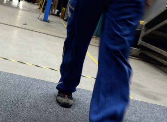 Matte in Produktionshalle